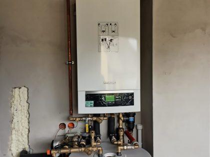wykonanie instalacji centralnej wody użytkowej