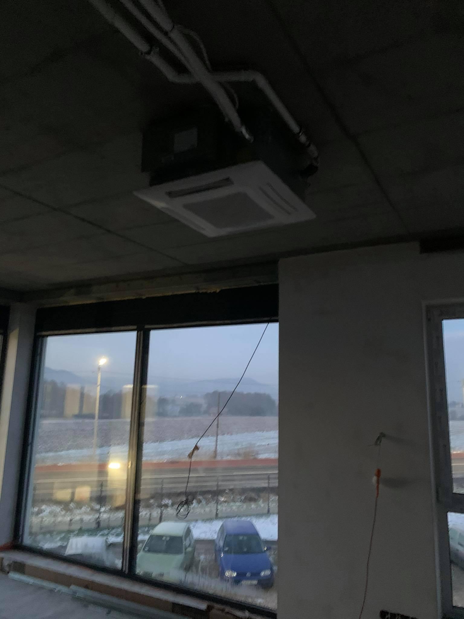 montaż klimatyzatorów kasetonowych w Andrychowie